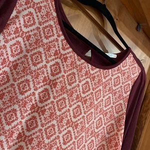 Le Lis tunic top with keyhole back detail